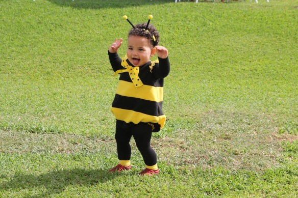 Valentina Halloween abeja