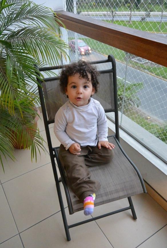 Valentina en el balcón