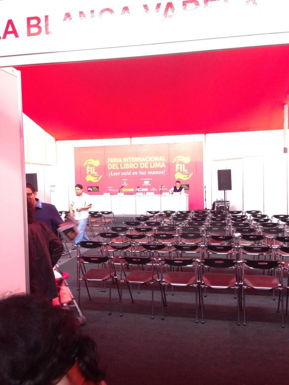 Sala Blanca Varela FIL Lima
