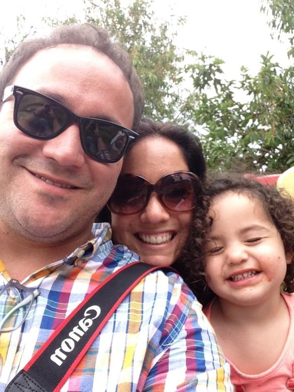 Papá, Mamá y Valentina