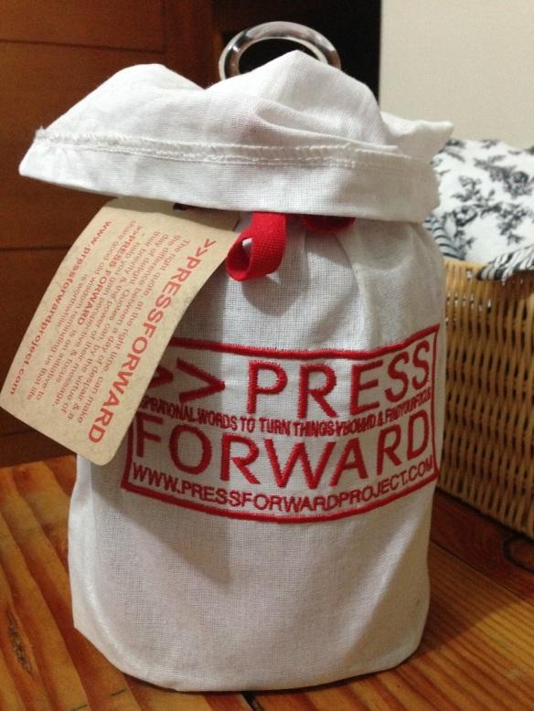 Jarro Press Forward