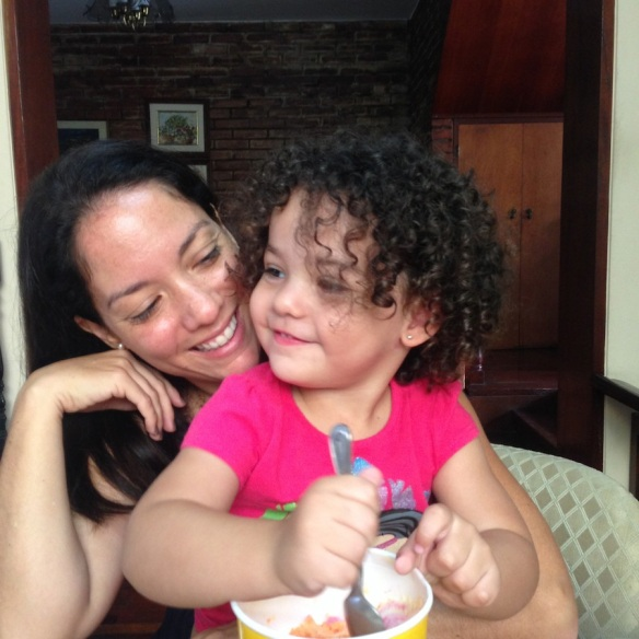Valentina y mamá