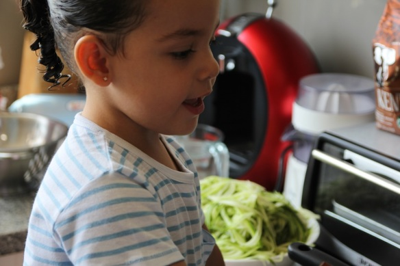 Valentina en la cocina