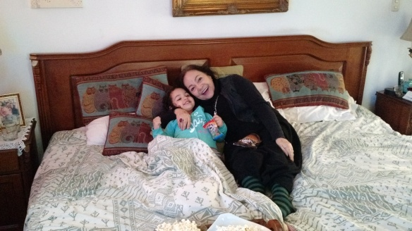 Valentina con mamama zoila