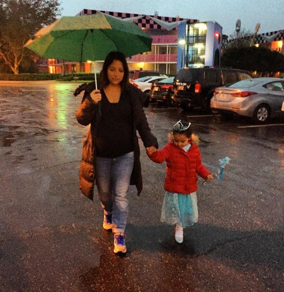 Valentina en la lluvia